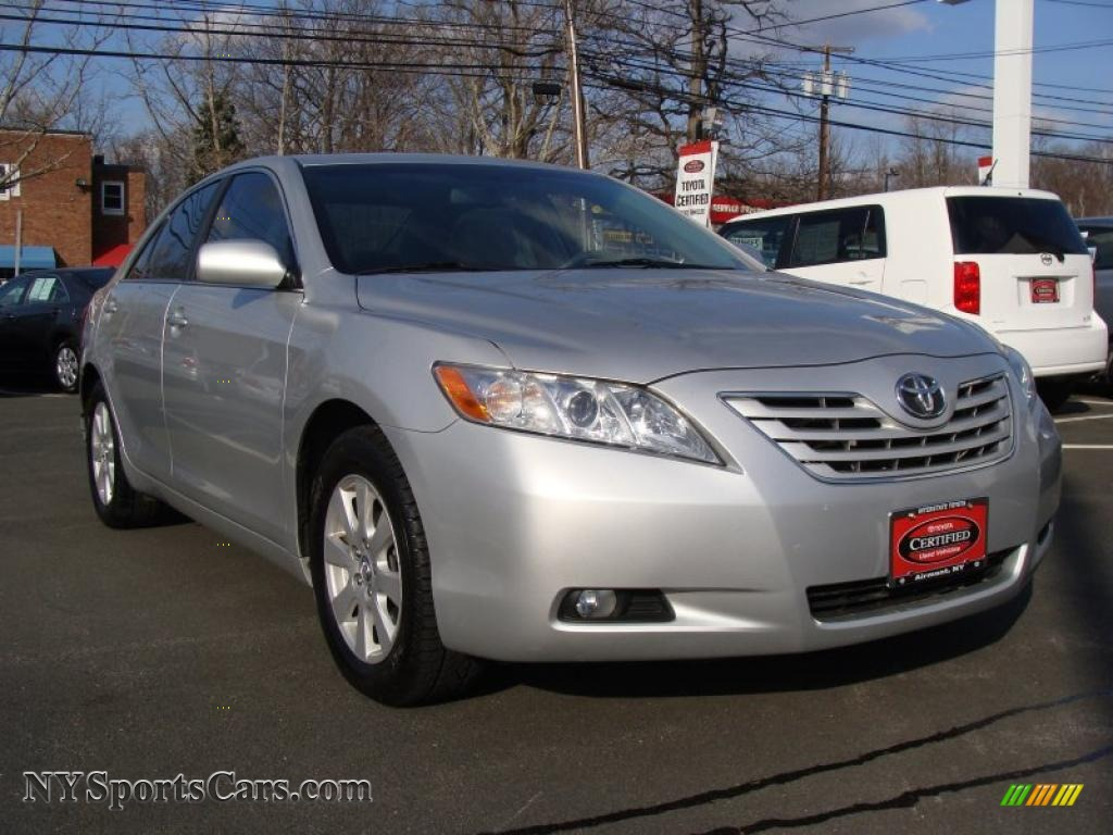 2008 toyota camry xle v6 in classic silver metallic 067634