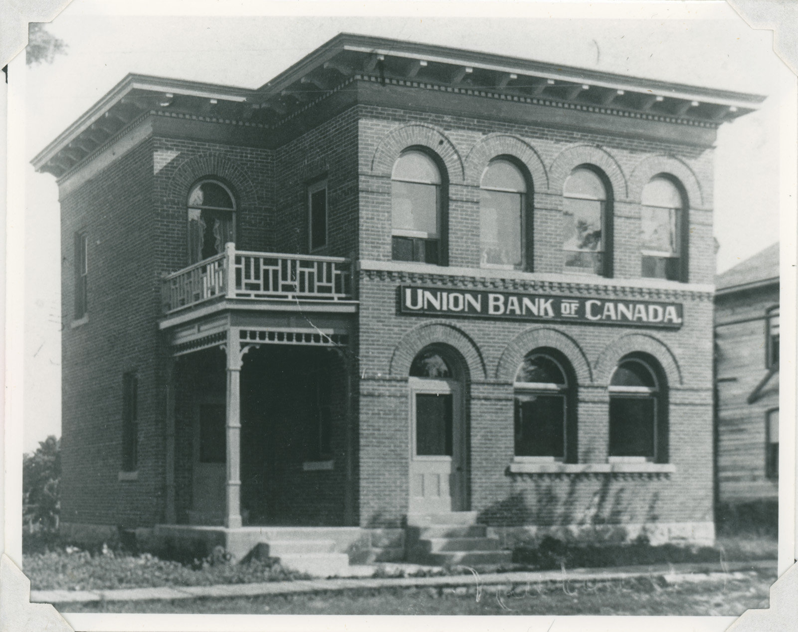 Home Bank Of Canada Full Image View Union Bank Of Canada Lakes And Islands