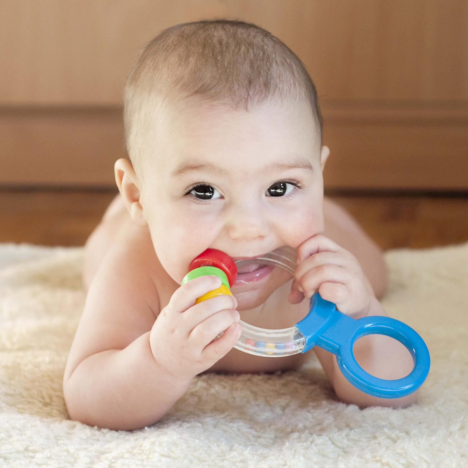Bebe De 4 Meses Guide To Teething Symptoms And Remedies Parenting