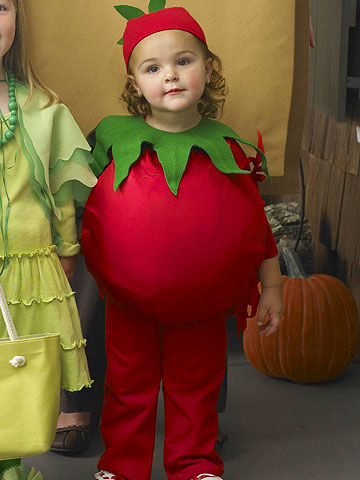 Quick homemade fancy dress ideas ltt tomato costume 6 group and family halloween costumes tomato costume solutioingenieria Images