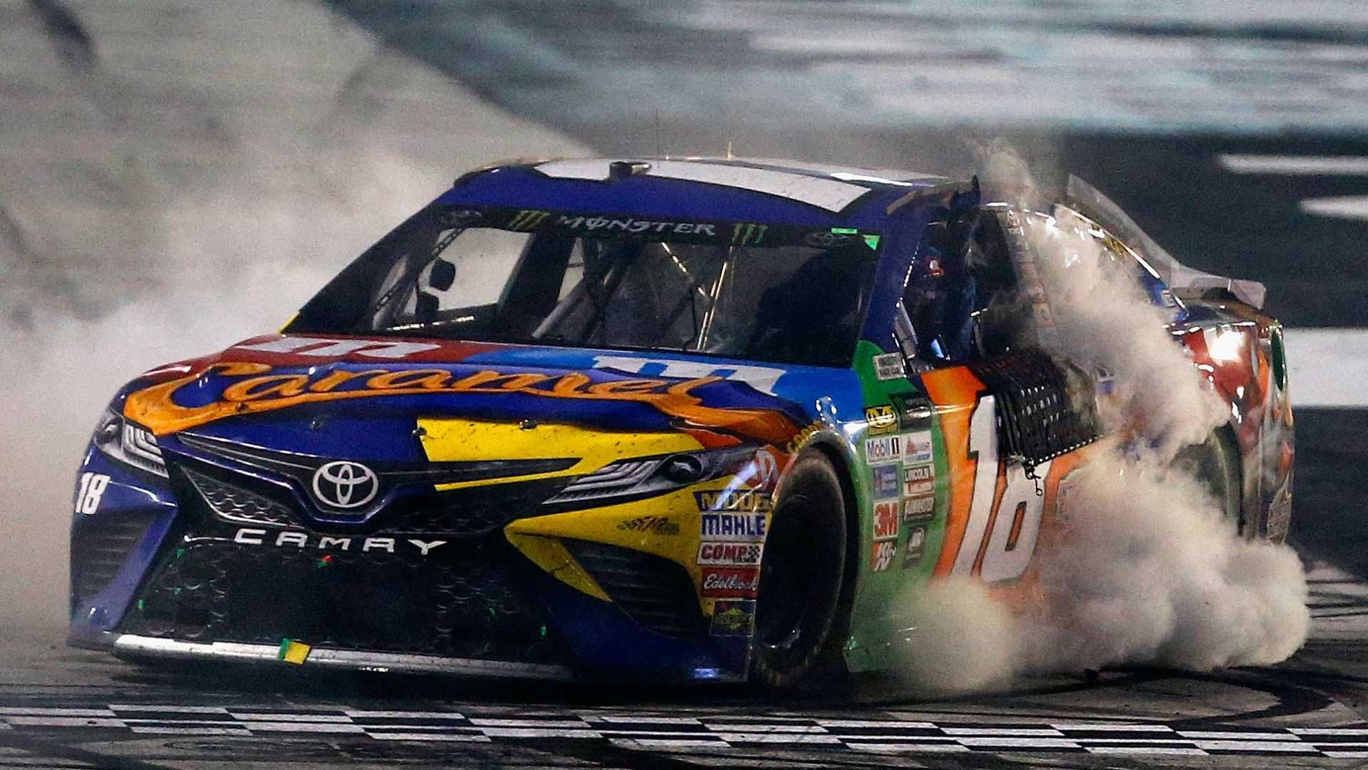 Chase Elliott Car 2017 Wallpaper Nascar Results At Dover Kyle Busch Spoils Chase Elliott S