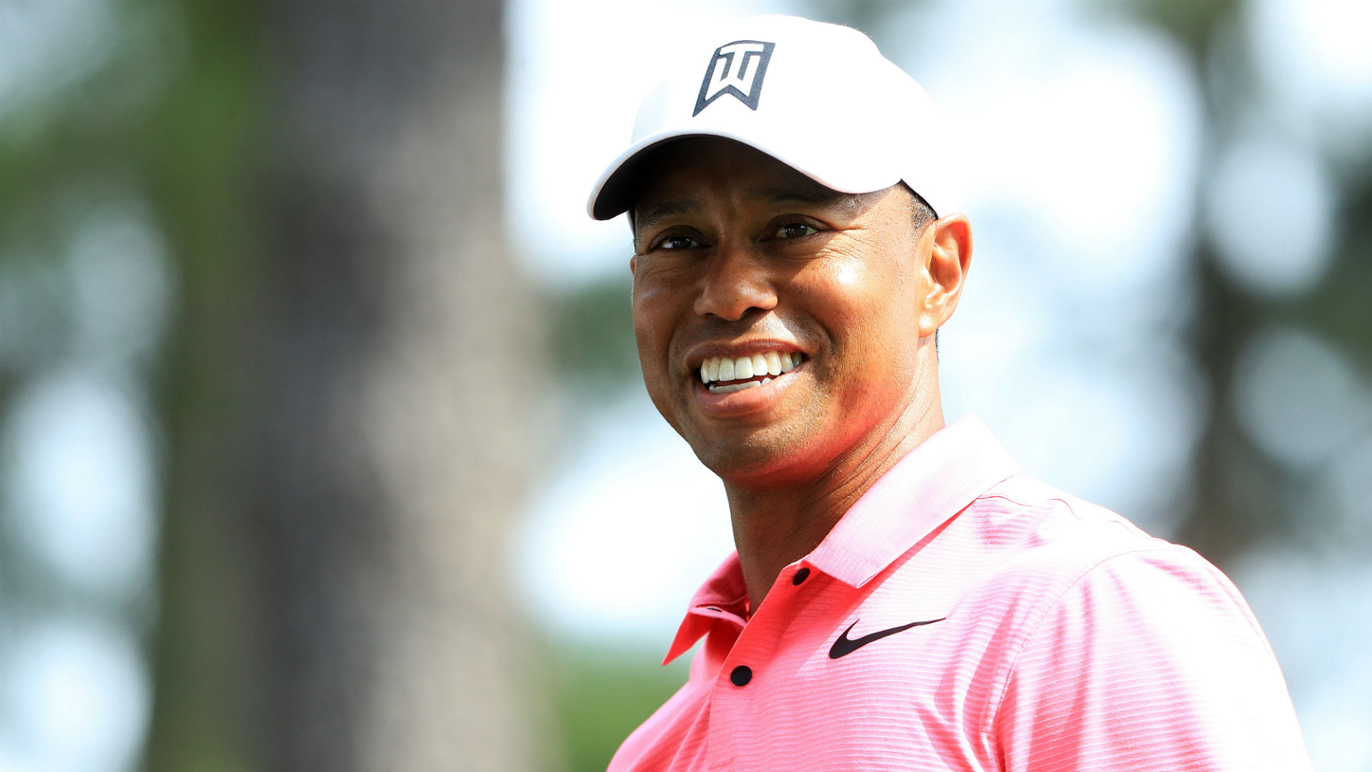 tiger woods live score at the masters