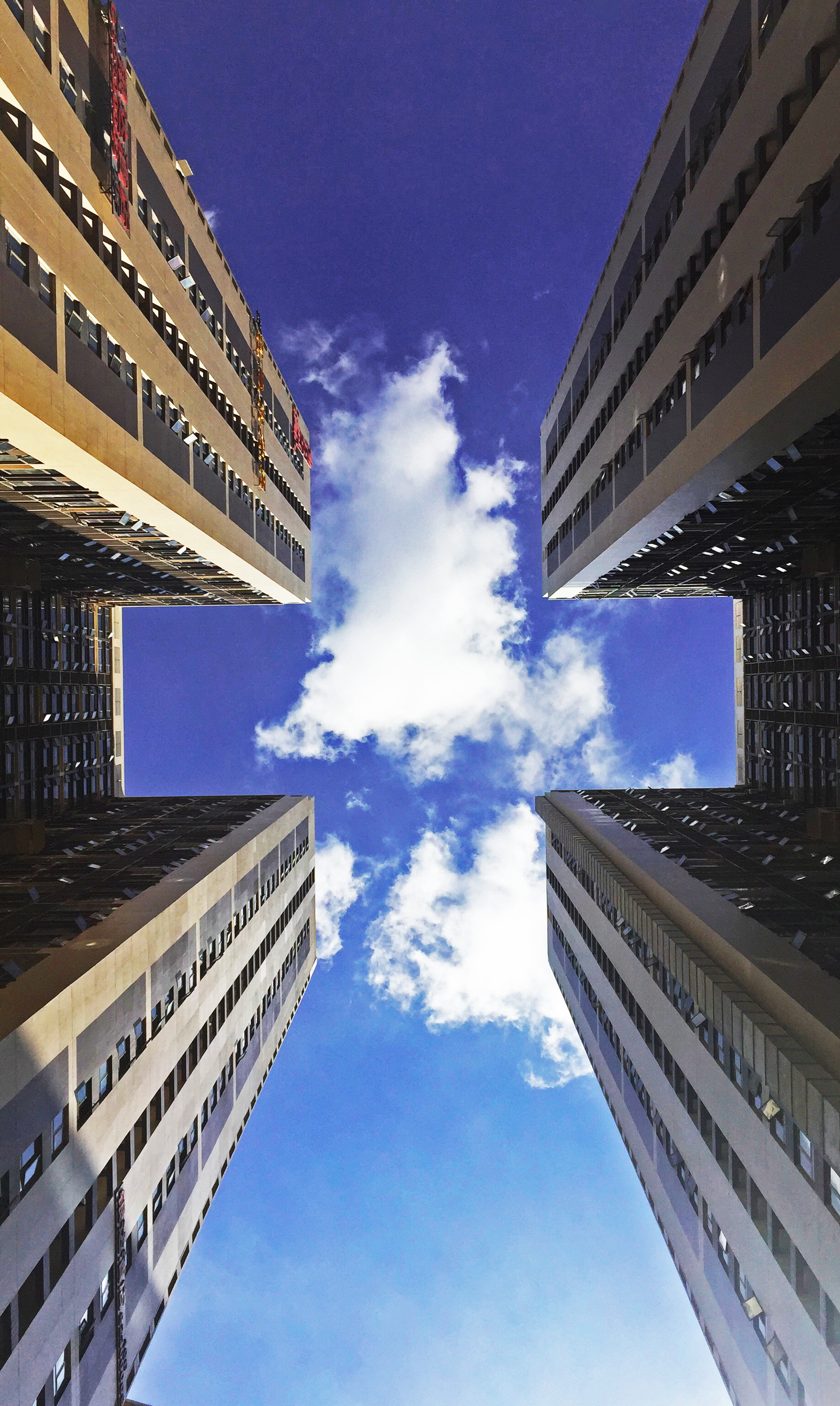 Urban Wallpaper Hd Low Angle View Of Skyscraper Against Cloudy Sky 183 Free