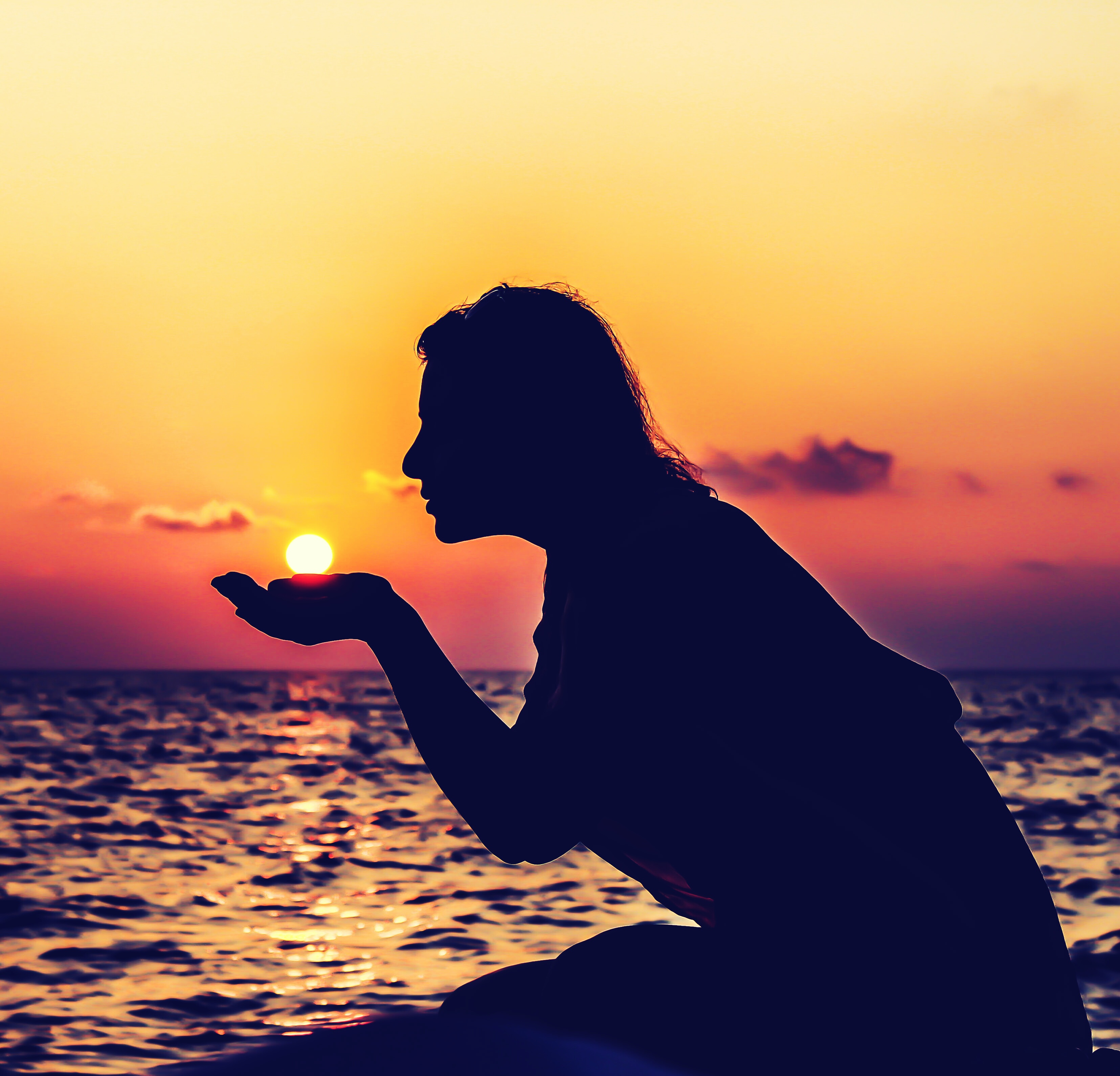 Wallpaper Surfer Girl Silhouette Of Woman Sitting On Dock During Sunset 183 Free