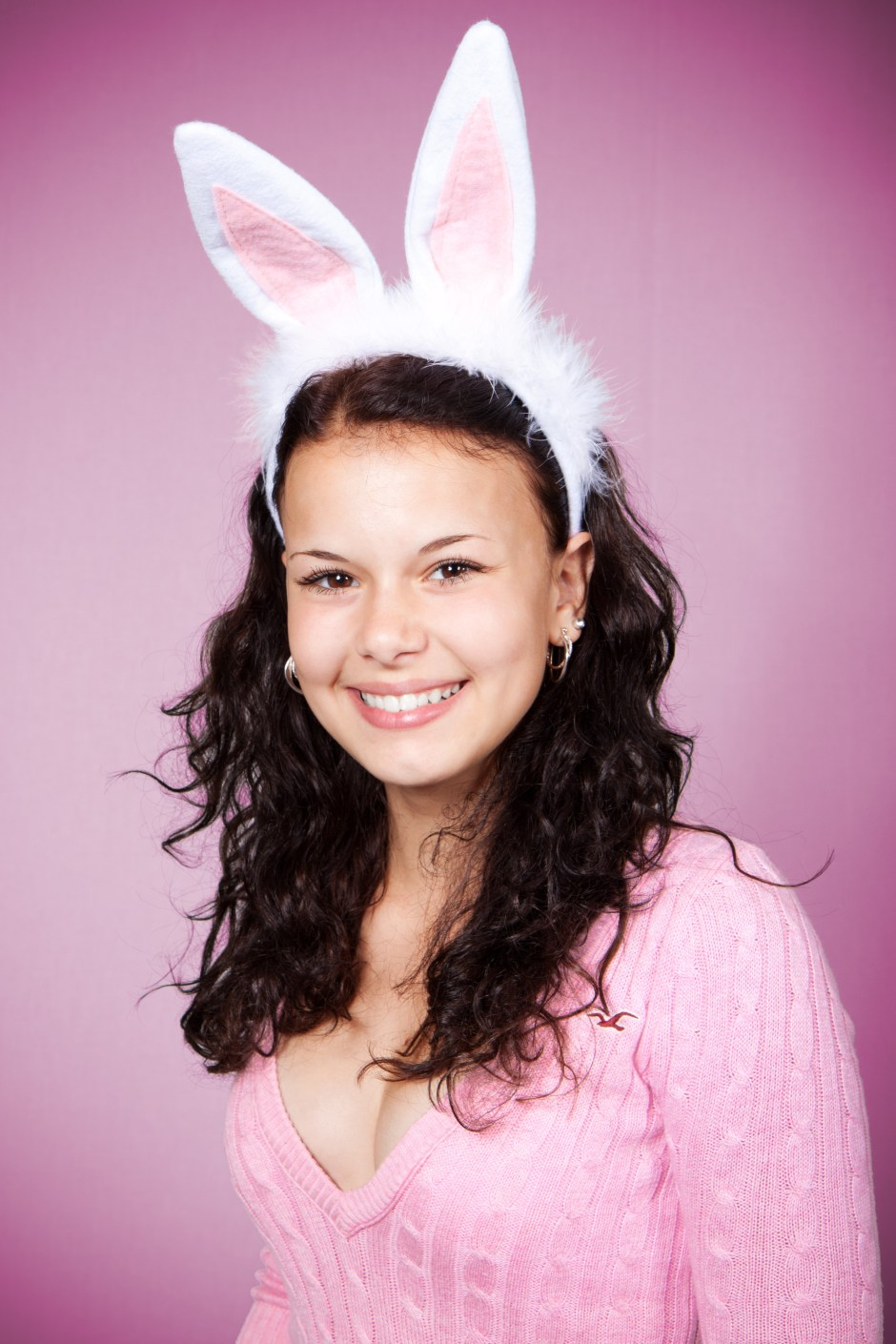 Wallpapers Anime Girl Woman In Pink Sweater Wearing Bunny Headband Smiling