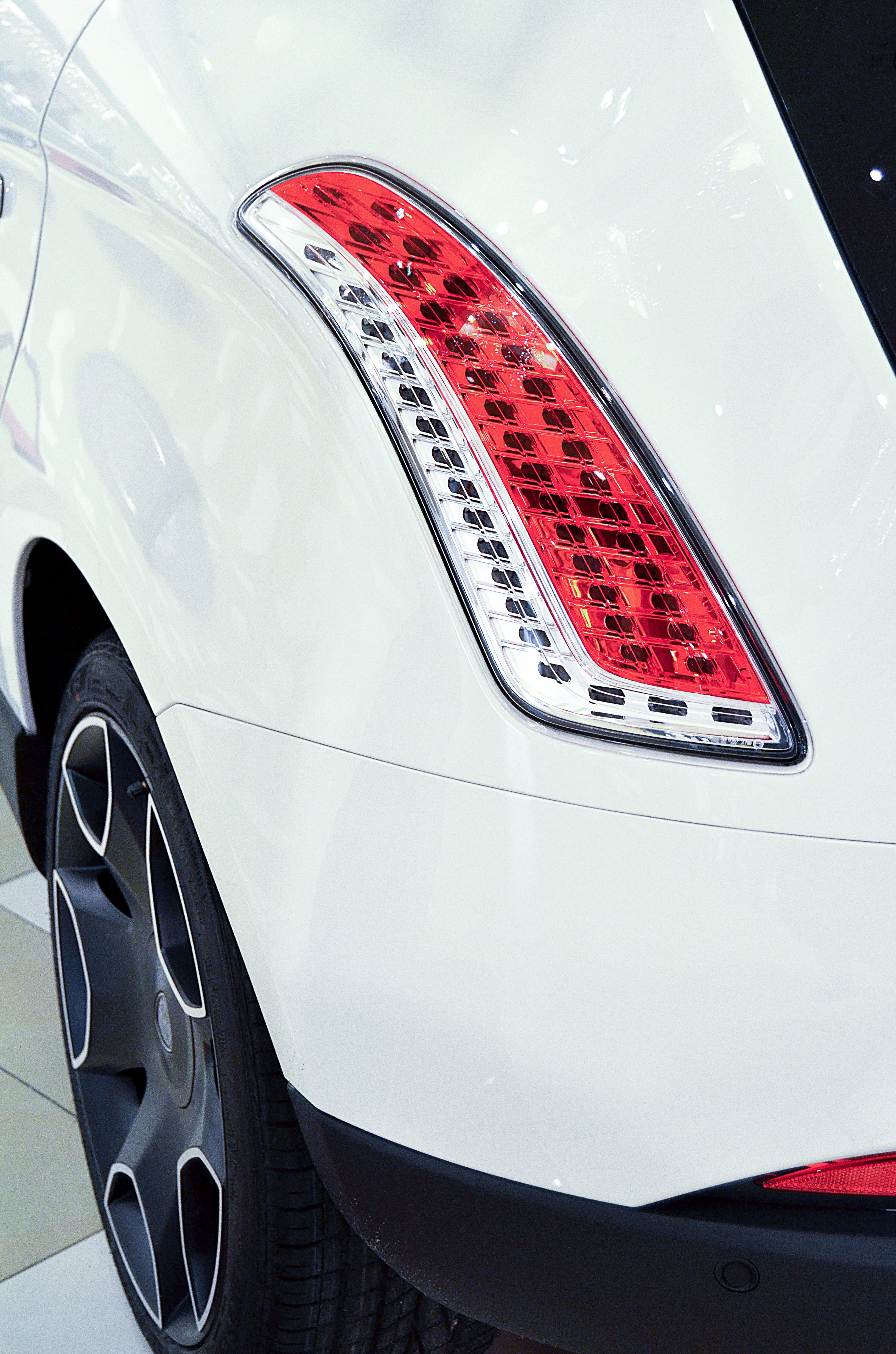 Best Car Wallpaper Download Red And White Car Tail Light 183 Free Stock Photo