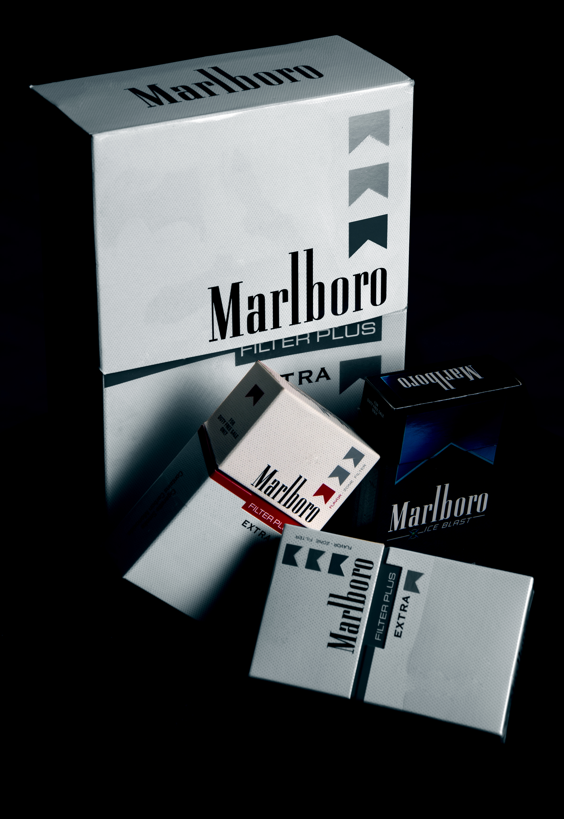 Marlboro Cigarette Wallpaper Hd Grayscale Photography Of Hand Holding Cigarette 183 Free