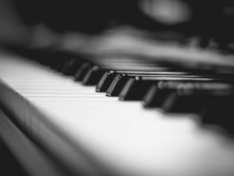 Download Hd Christmas Wallpapers Black Grand Piano Gray Scale Photo 183 Free Stock Photo
