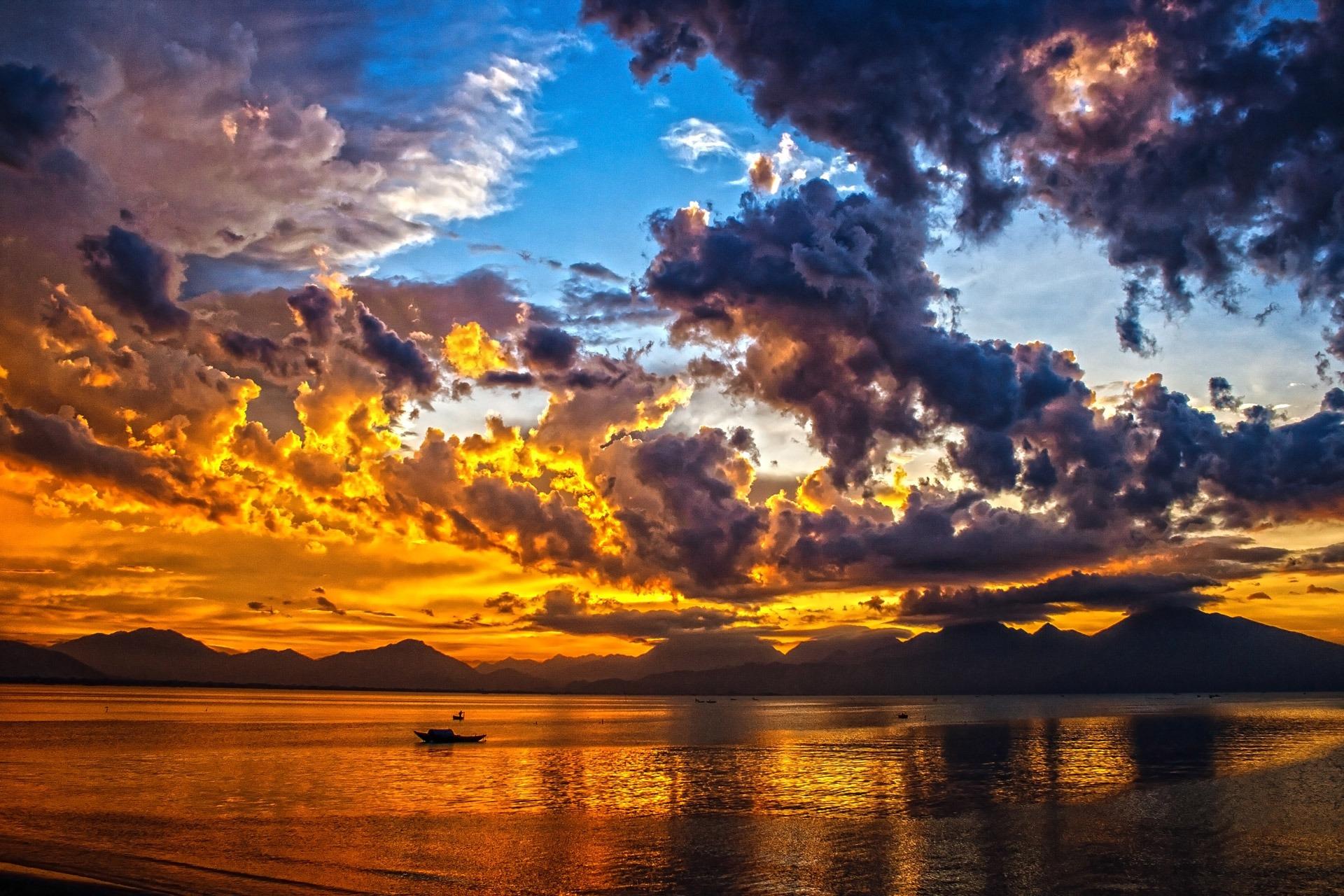 Wallpaper Hd Happy New Year Free Stock Photo Of Boat Clouds Da Nang Bay