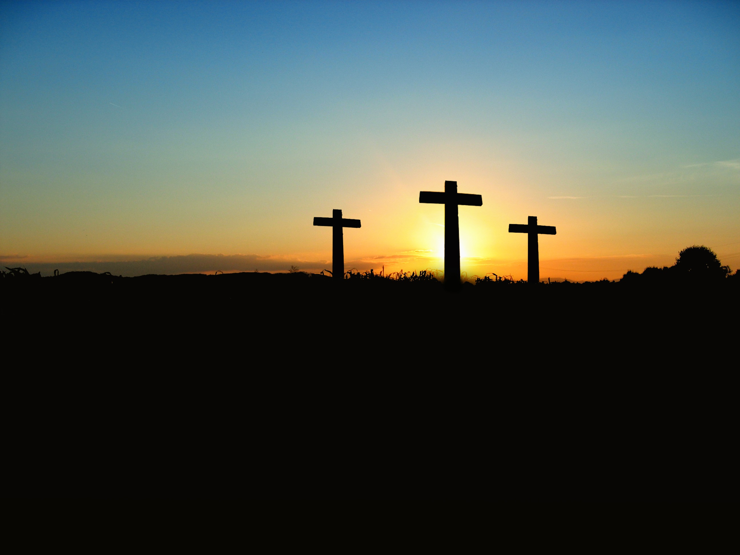 Blue Iphone 4 Wallpaper Silhouette Photo Of 3 Cross Under The Blue Sky 183 Free