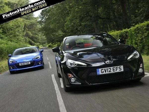 Subaru BRZ vs Toyota GT86 PistonHeads