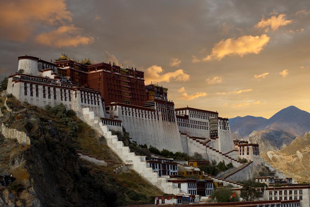 Himalaya Hd Wallpaper Potala Palace Lhasa Monuments And Historic Buildings