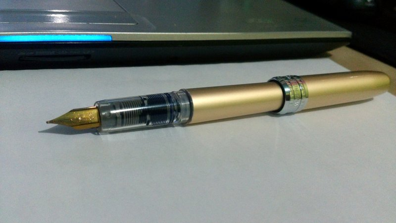 [問題] 鋼筆墨水的顏色變化 - 看板 stationery - 批踢踢實業坊
