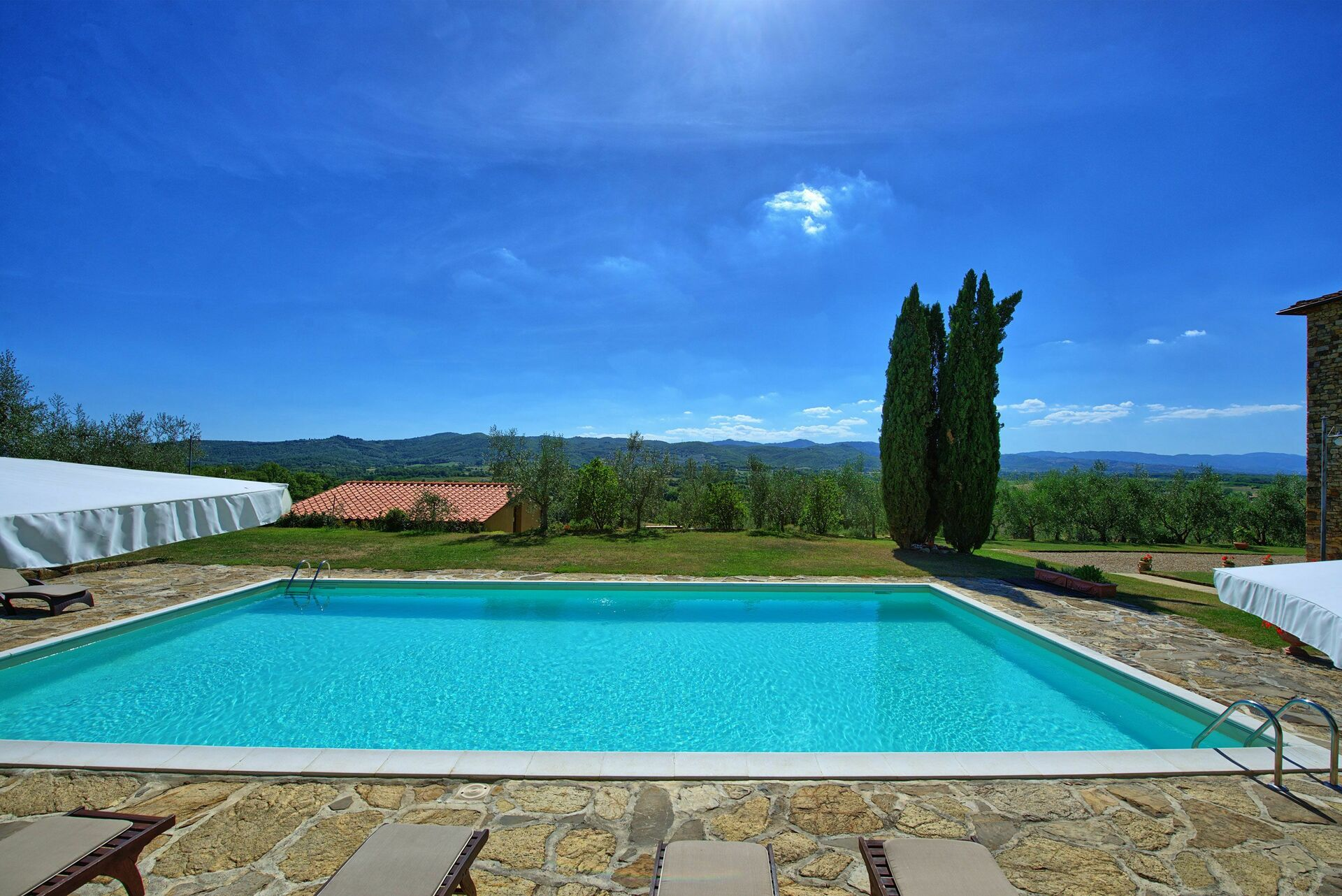 Luxury Holiday Villa With Pool Villa Leopoldina Luxury Holiday Villa Rental In Pogi Chianti