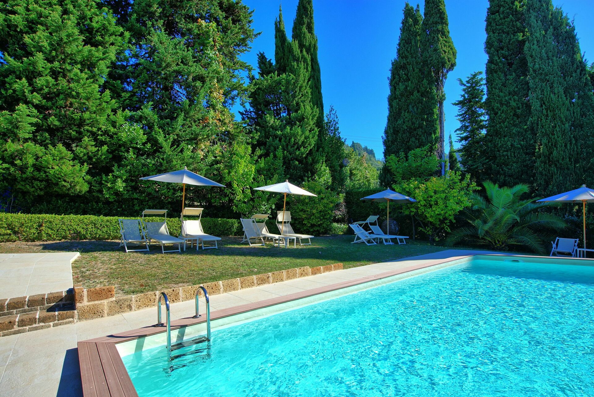 Luxury Holiday Villa With Pool Villa Camaiore Luxury Holiday Villa Rental In Camaiore Versilia