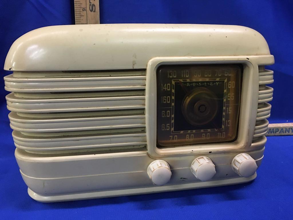 Crosley Radio Lot Crosley Radio American Overseas Proxibid Auctions