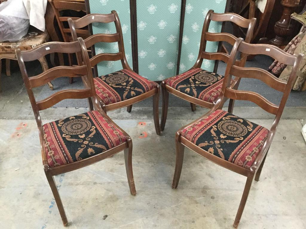 Lot Of 4 Vintage Bekins Matching Upholstered Wood Chairs Estate Personal Property Furniture Vintage Furniture Online Auctions Proxibid