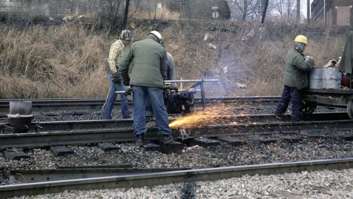 What Is Thermite Welding? Reference - thermite welding