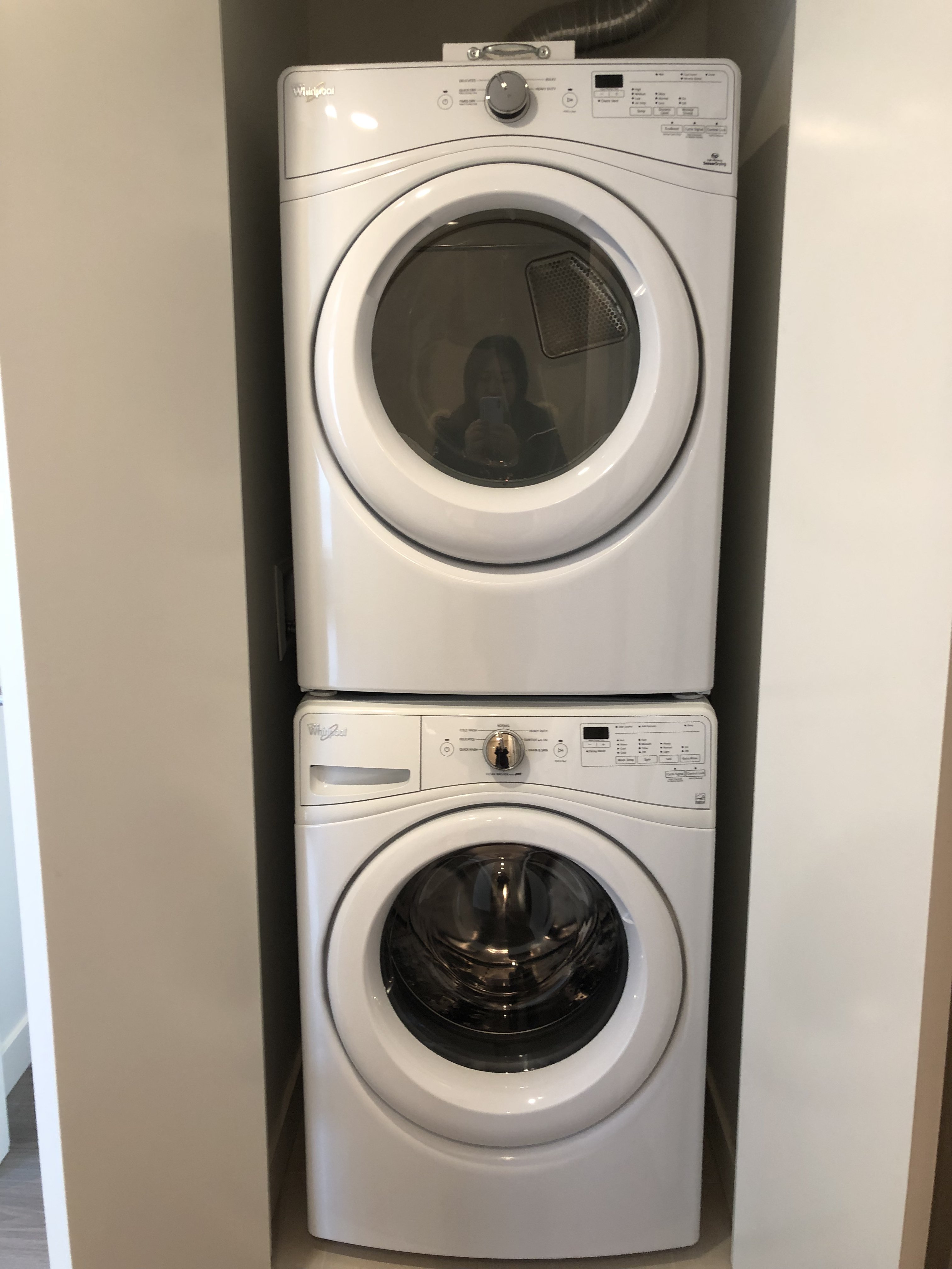 Washer And Dryer Calgary Rentals Ca 118 Waterfront Court Southwest Calgary Ab For Rent