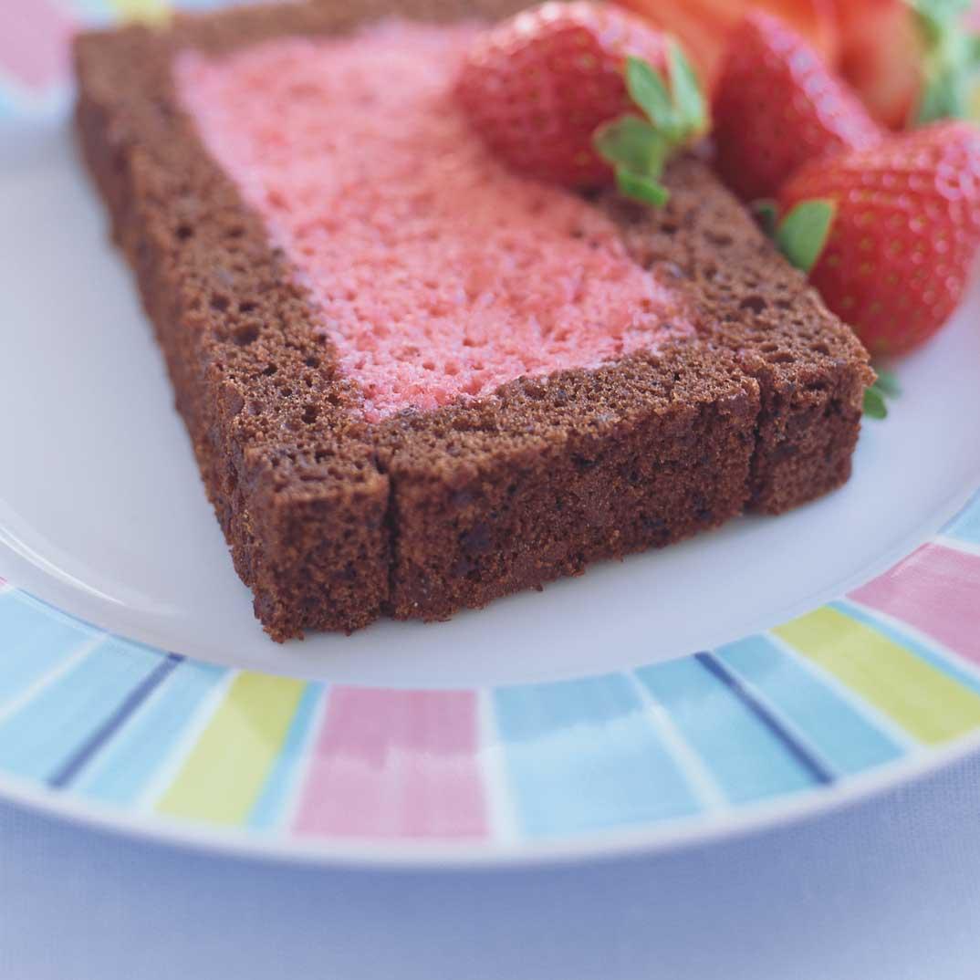 Fullsize Of Strawberry Mousse Cake