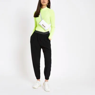 Pantalon Coupe Carotte Femme Black Cuffed Peg Trousers