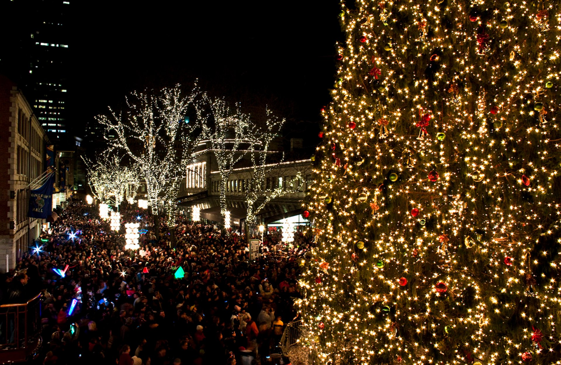 Tree Lighting Ceremony Faneuil Hall Christmas Tree Lighting 2019 In Boston - Dates & Map