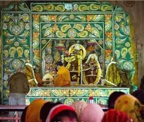 Video : જયપુરના આ મંદિરમાં દિવસમાં 7 વાર રાધાકૃષ્ણની આરતી થાય છે