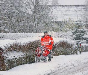 હિમવર્ષામાં હિમ્મત રાખજો, લાઈટ જાય તો ધીરજ રાખજો, બ્રિટન પાસેથી સબક લેજો