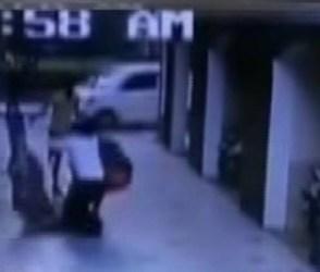 સુરતઃ પાંચમાં માળેથી પટકાતી મહિલાને પકડવા ગયા લોકો પણ…, જુઓ વીડિયો