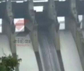 નર્મદા નદીને જીવંત રાખવા છોડાયા હજારો ક્યુસેક પાણી, જુઓ Video
