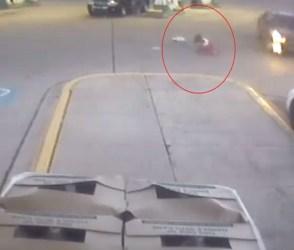 બાળકીએ કેમ ચાલતી કારમાંથી માર્યો કુદકો, જાણવા માટે જુઓ VIDEO