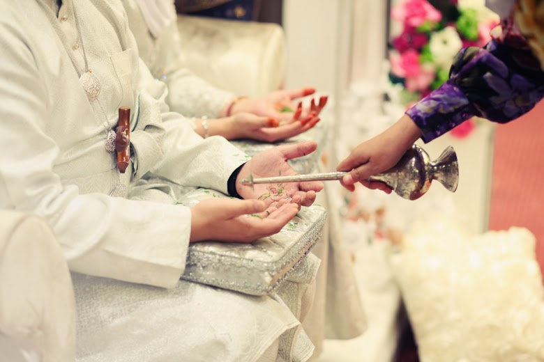 Married Couple Wallpaper With Quotes What Should You Do At A Malay Wedding As A Respectful