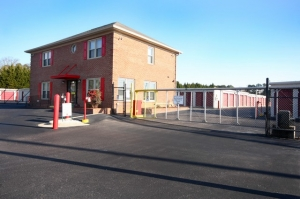 Cheap Storage Units At Securcare Self Storage