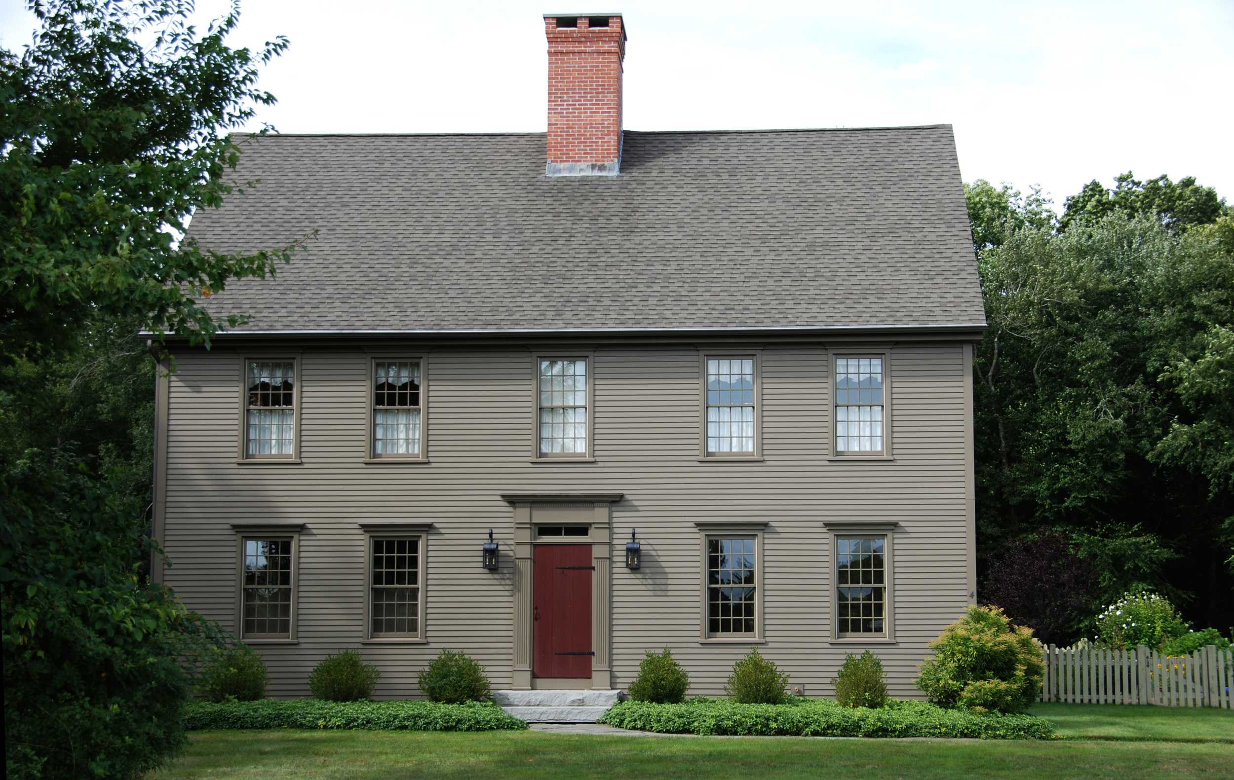 The Colonial Colonial Exterior Trim And Siding The Colonialcolonial Widows And Doors The Colonialcolonial Home Designs The Colonialauthetic Colonial Homes The Colonialsaltbox Home Designs The Colonial Cape Home Designs The Colonialfarmhouse Designs