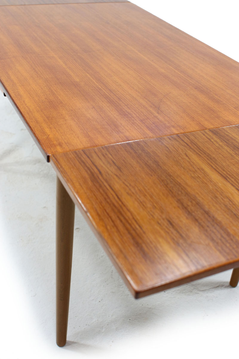 Sold Vintage Teak Dining Table Made In Denmark Furniture 1950 Teak Mid Century Modern Furniture Oshawa Toronto