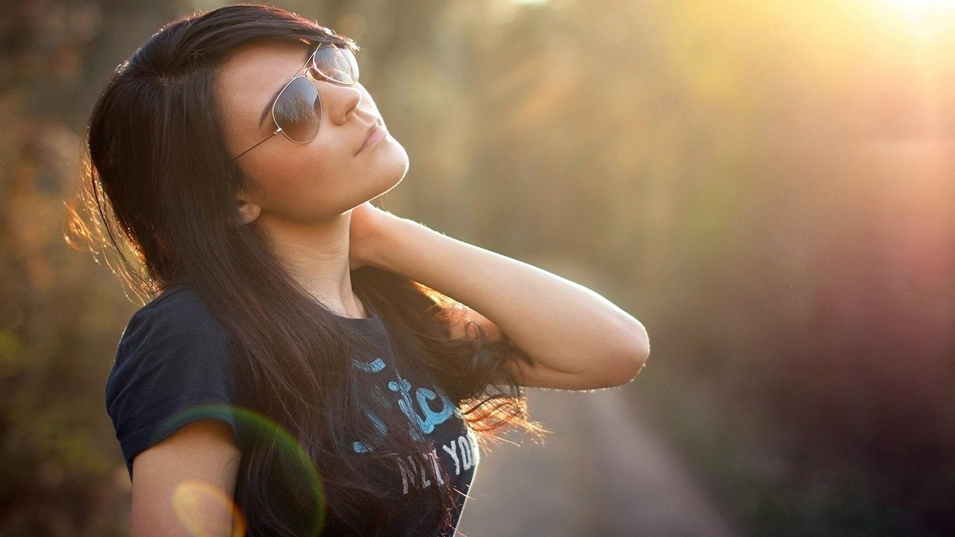 Girl Smoking Hd Wallpaper Girls Wearing Sun Glass Profile Pictures Glass Profile