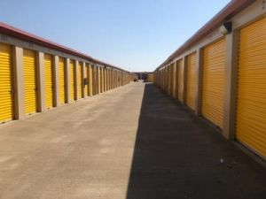 Life Storage Sacramento Fruitridge Road Units And