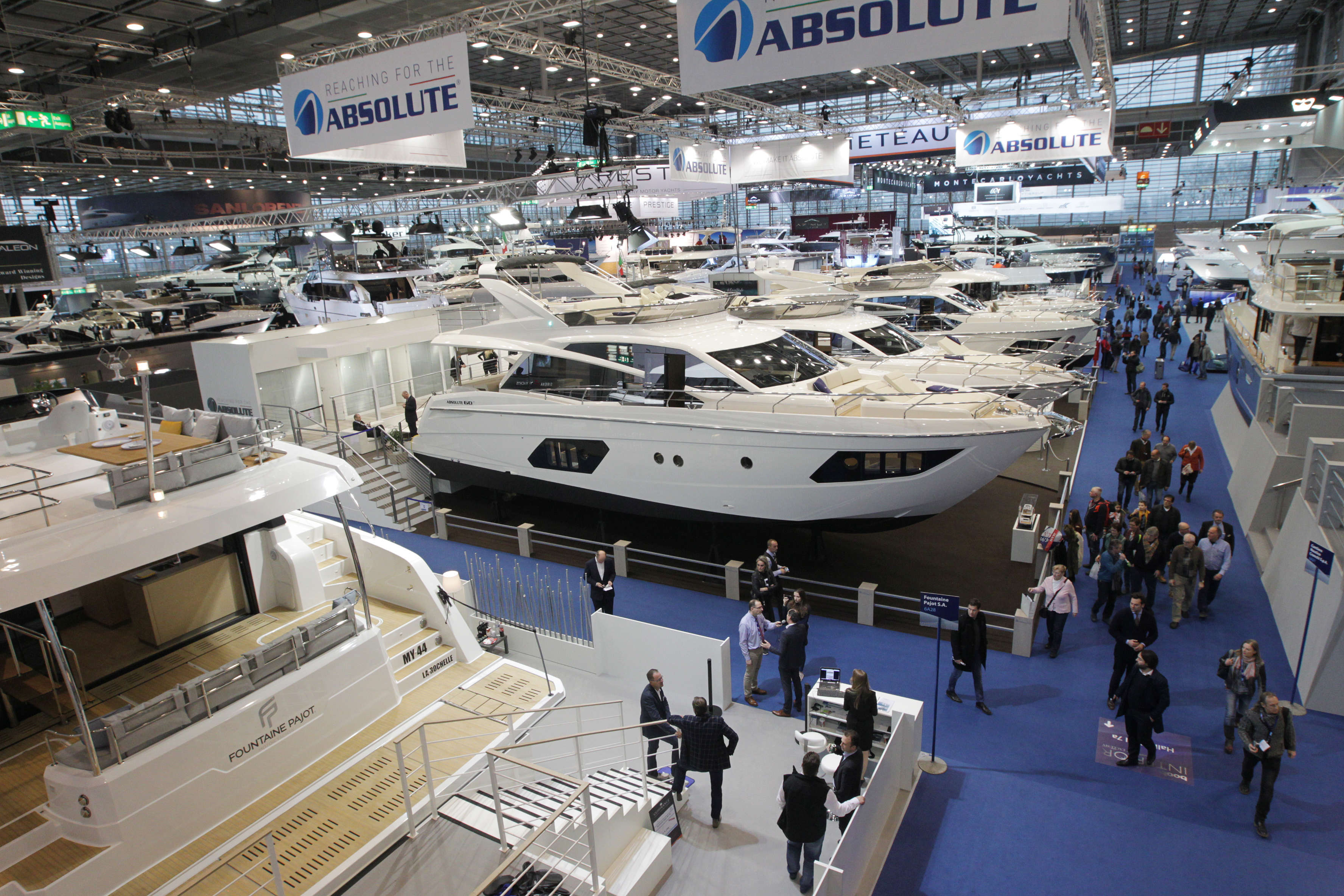 Salon Nautic Paris En Images Nautisme Le Salon Géant De Düsseldorf En