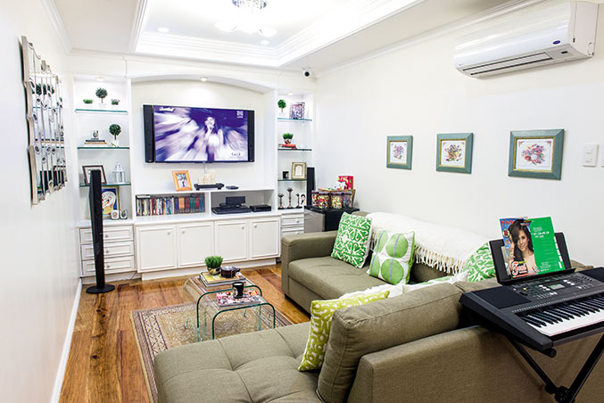 Old Fashioned L Shaped Sofa Alex And Toni Gonzaga's Classic House In Taytay, Rizal | Rl