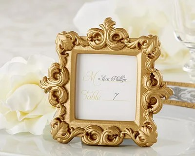 Mini Porta Retrato Ou Marcador De Mesa Dourado Lembranca