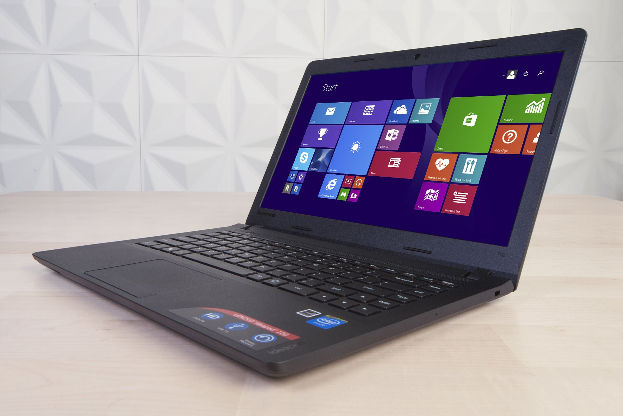 Lenovo Laptop Lenovo Ideapad 100 Review This Big Laptop S Got A Tiny Little