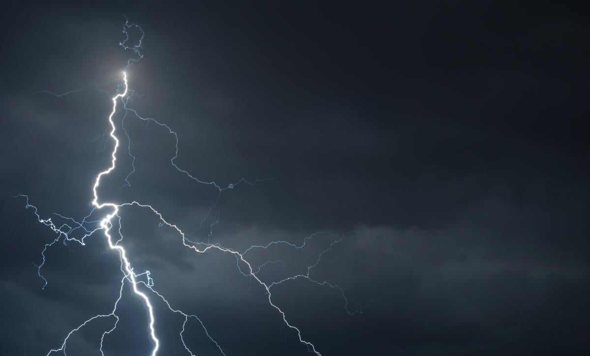 Salesforce Lightning vs Classic What you need to know now CIO