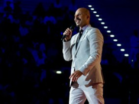 A sampling of Maz Jobrani's stand-up, sprinkled with the work of his Axis of Evil Comedy Tourcollaborators