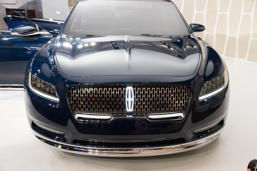 Lincoln Town Car 2015 Wallpapers Lincoln Continental Concept Debuts At The 2015 New York