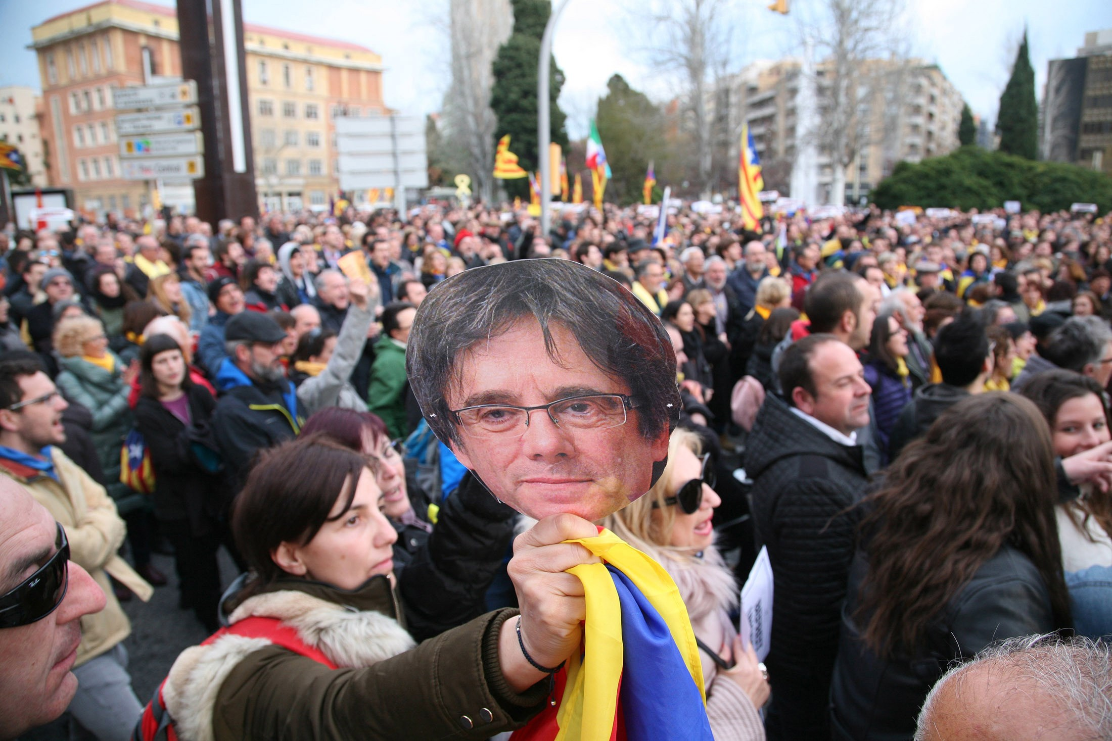 Mord In Bester Gesellschaft In Teufels Küche Stream Arrest Of Carles Puigdemont Closes Another Chapter In Catalonia S