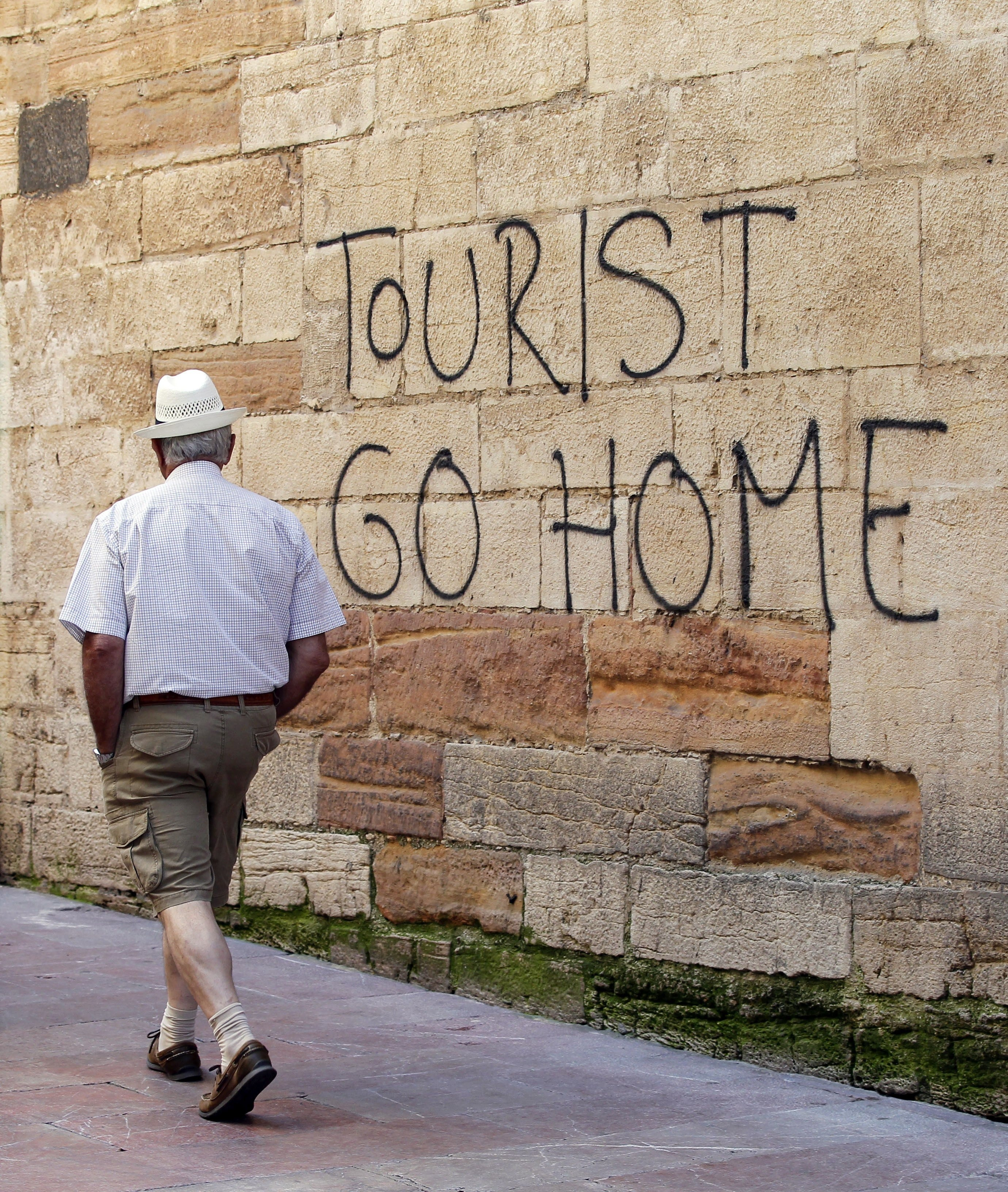 Home To Go Australia Why Australia Might Be At Risk Of Overtourism