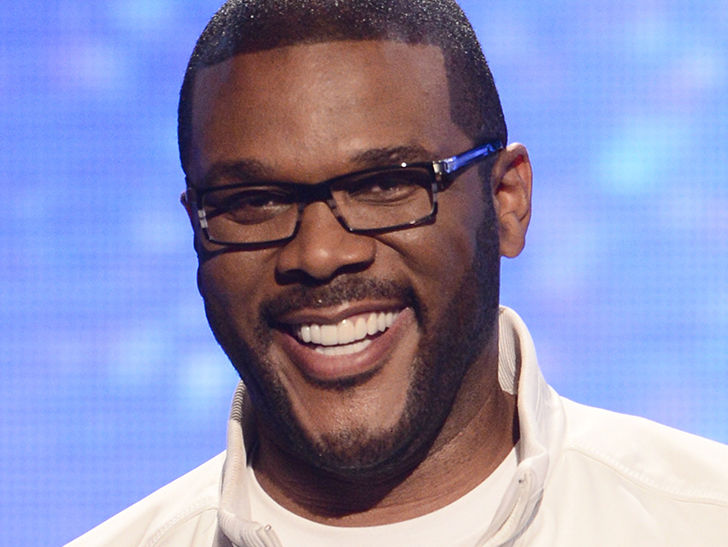 Tyler Perry Drops Over $430k to Pay Off Walmart Layaway Items in