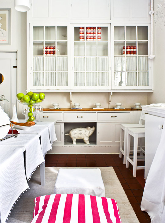Beautiful, Efficient Small Kitchens Traditional Home - kitchen designs for small spaces