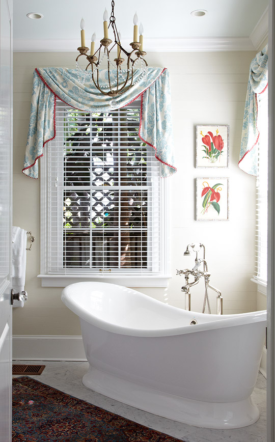 Stunning Master Bathrooms Traditional Home
