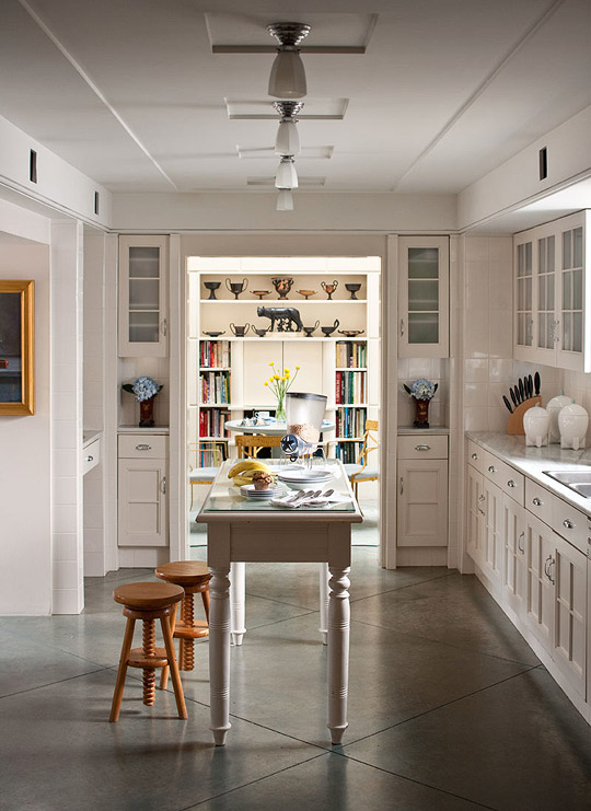 Cream Kitchen Island Unit At Home With Architect Michael Graves | Traditional Home